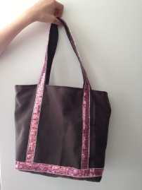 un magnifique sac à paillette - APPRENDRE A COUDRE DES ANSES, FAIRE UNE BASE EN VOLUME