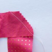 Couper le surplus de tissu