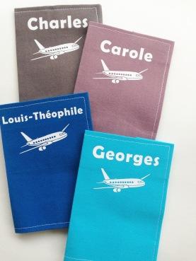 protège passeports - tissus unis - motif avion