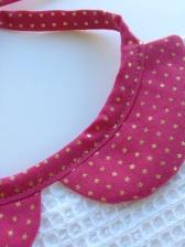 modèle col claudine - détail du biais coordonnée - tissu étoilé