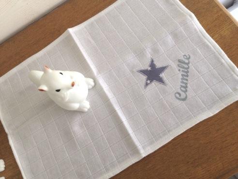 modèle mouchoir - tissu étoilé - flex gris