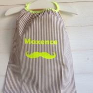 modèle coton - personnalisation prénom et motif moustache - flex fluo jaune