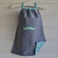 modèle coton - motif moustache - tissu à pois - flex vert d'eau